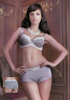 Мария Сёмкина в нижнем белье для рекламы фото #11
