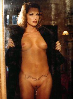 Полностью голая Ольга Родионова в The Book of Olga фото #1