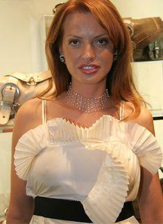 Ольга Родионова в плятье без лифчика фото #1