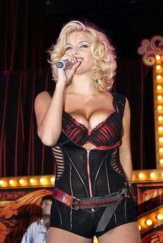 Развратный наряд Татьяны Котовой на вечеринке Playboy фото #2