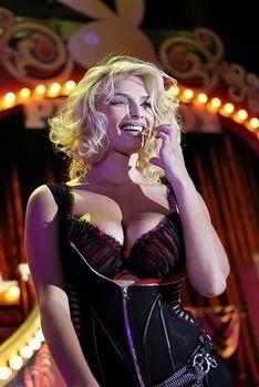 Развратный наряд Татьяны Котовой на вечеринке Playboy фото #4