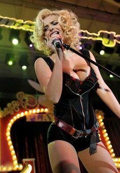 Развратный наряд Татьяны Котовой на вечеринке Playboy фото #8