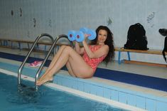Соблазнительная Эвелина Блёданс в купальнике фото #2