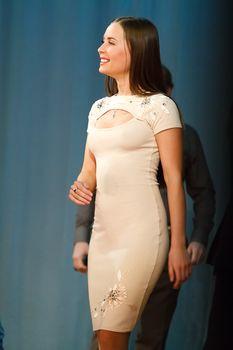 Торчащие соски Юлии Михалковой на выступлении в Ижевске фото #1