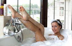Юлия Михалкова в ванне с пеной фото #3