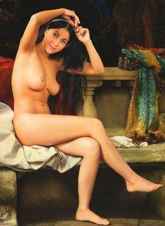 Елена Беркова снялась обнажённой в журнале «Караван историй» фото #1