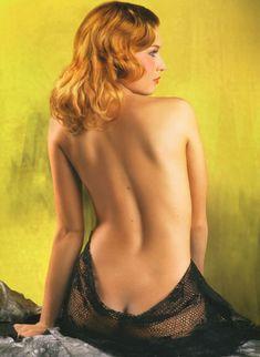 Эротические фото Ольги Вечкилевой в журнале «Караване Историй» фото #1