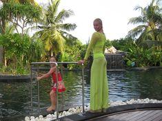 Анастасия Волочкова показала голую грудь на Мальдивских островах фото #5