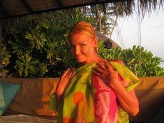 Анастасия Волочкова показала голую грудь на Мальдивских островах фото #7