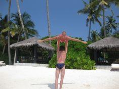 Анастасия Волочкова показала голую грудь на Мальдивских островах фото #8