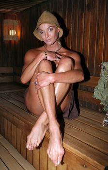 Анастасия Волочкова топлесс в бане фото #1