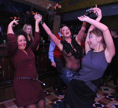 Анастасия Волочкова засветила голую грудь на вечеринке журнала «Телепрограмма» фото #5