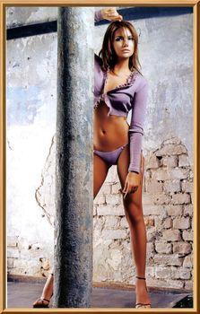 Анастасия Трегубова топлесс в эротической фотосессии фото #4