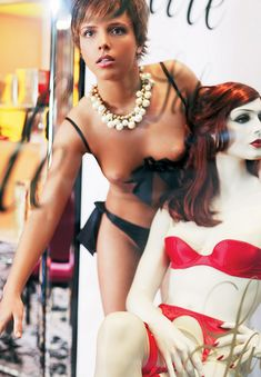 Голая грудь Галины Звягинцевой в журнале Moulin Rouge фото #9