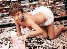 Голая грудь Галины Звягинцевой в журнале Moulin Rouge фото #10