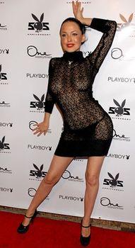 Даша Астафьева в прозрачном платье снимает трусики на 55-ой вечеринке Playboy фото #1