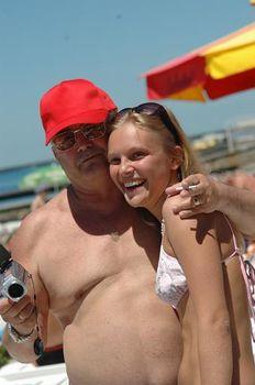 Елена Великанова в купальнике на фестивале «Кинотавр» фото #2