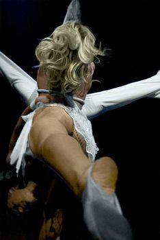 Пикантный образ Ксении Собчак на вечеринке Playboy фото #4