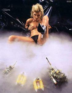 Голая грудь Лики Стар в журнале Playboy фото #3