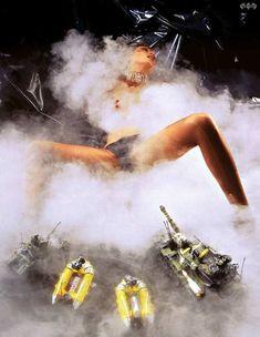 Голая грудь Лики Стар в журнале Playboy фото #4