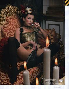 Голая Ольга Зайцева для журнала «MAXIM» фото #4
