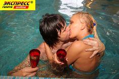 Юлия Шилова купается голой в бассейне фото #21