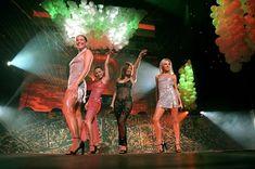 Жанна Фриске без лифчика в прозрачном платье на концерте фото #5