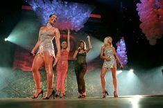 Жанна Фриске без лифчика в прозрачном платье на концерте фото #6