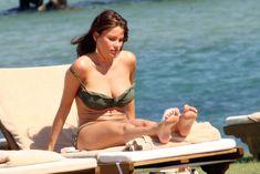 София Вергара в бикини под солнцем Сардинии фото #1