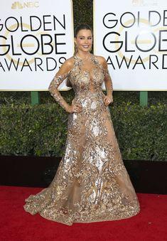 София Вергара в эротическом наряде на Golden Globe Awards фото #5
