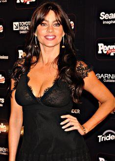 София Вергара засветила соски на церемонии People En Español – 50 Most Beautiful фото #18