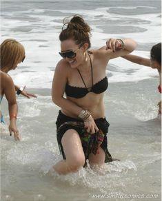 Сексуальный чёрный бикини Хилари Дафф фото #2