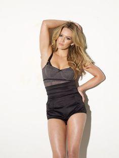 Хилари Дафф в сексуальном белье для Maxim фото #1