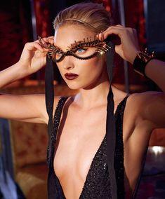 Горячая Эльза Хоск в журнале Maxim фото #5