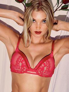 Пикантный образ Эльзы Хоск в белье от Victoria's Secret фото #12