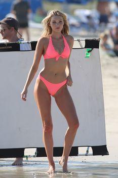 Эльза Хоск в бикини от Victoria's Secret в Майами фото #3
