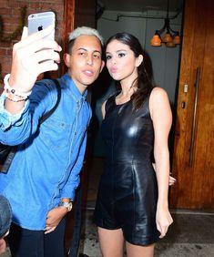 Селена Гомес без лифчика на Fashion Show в Нью-Йорке фото #20