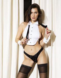 Белла Хадид в эротическом наряде для журнала Love фото #1