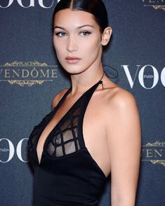 Белла Хадид в прозрачном платье на Vogue's 95th Anniversary Party фото #1