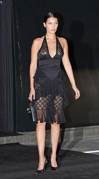 Белла Хадид в прозрачном платье на Vogue's 95th Anniversary Party фото #7