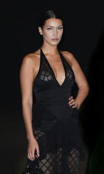 Белла Хадид в прозрачном платье на Vogue's 95th Anniversary Party фото #8