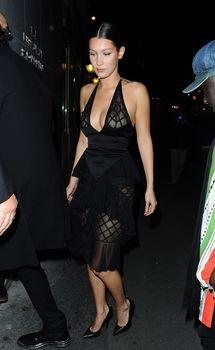 Белла Хадид в прозрачном платье на Vogue's 95th Anniversary Party фото #9