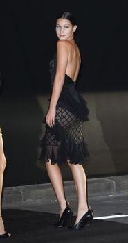 Белла Хадид в прозрачном платье на Vogue's 95th Anniversary Party фото #10