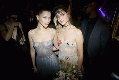 Белла Хадид показала голую грудь на Dior Ball фото #5