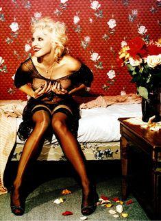 Горячая фотосессия Мадонны для журнала Details фото #2