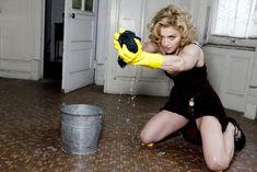 Мадонна позирует в откровенном наряде для журнала W фото #8