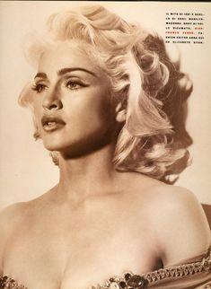 Молодая Мадонна снялась обнажённой для итальянского Vogue фото #4