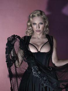 Мадонна оголилась для журнала Interview фото #3