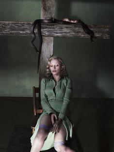 Мадонна оголилась для журнала Interview фото #4