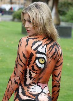 Сексуальная тигрица Джоанна Крупа фото #3